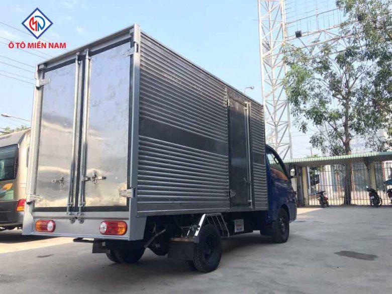 Thùng kín Hyundai H150 theo tiêu chuẩn nhà máy Thành Công: