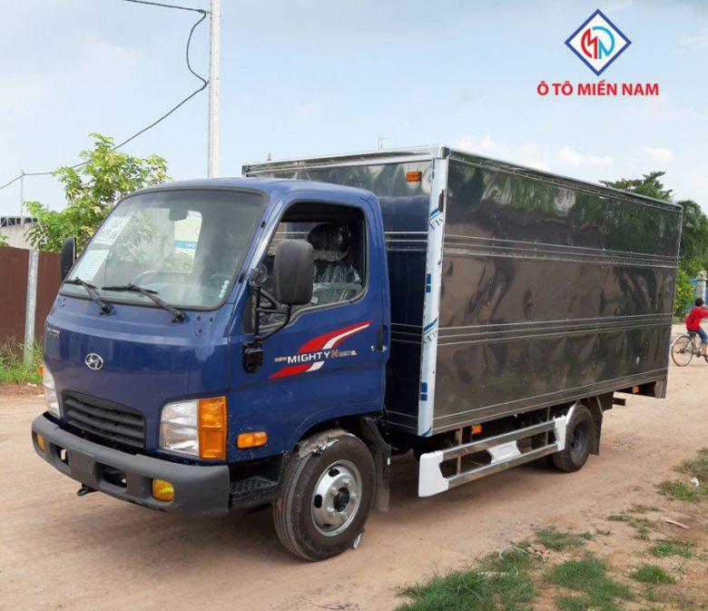 xe-tải-1.9T-2.4T-thùng-kín-tiêu-chuẩn-Miền-Nam